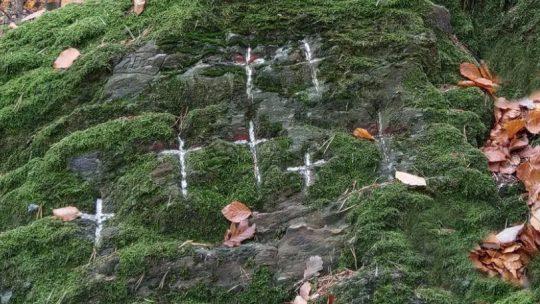 Die sieben Kreuze
