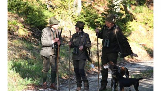 Jägerinnen unter Jägern